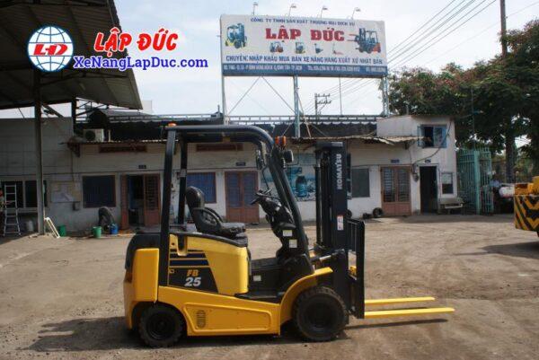Xe nâng điện ngồi lái KOMATSU 2.5 tấn FB25-12 # 100008 1