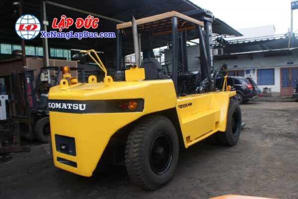 Xe Nâng Dầu 13.5 tấn KOMATSU FD135-4 # 01691 6
