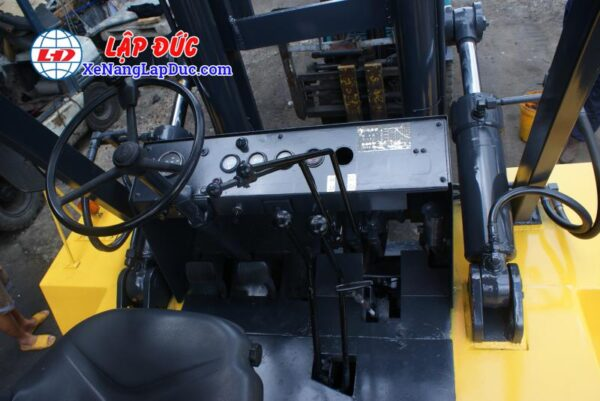 Xe Nâng Dầu 13.5 tấn KOMATSU FD135-4 # 01691 10