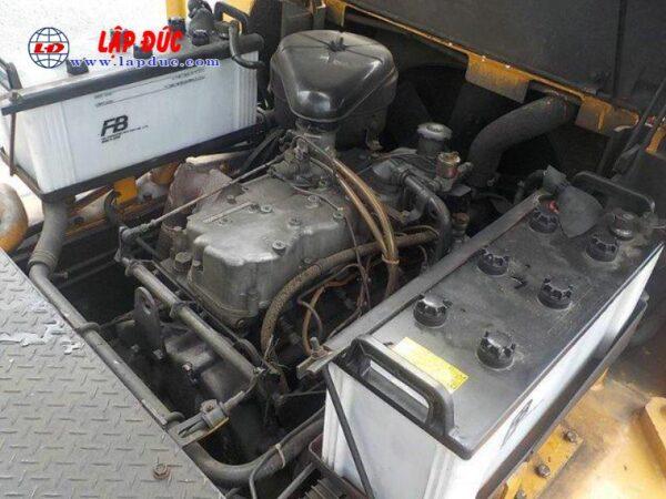 Xe nâng KOMATSU máy dầu 06 tấn FD60-2 # 10105 giá rẻ