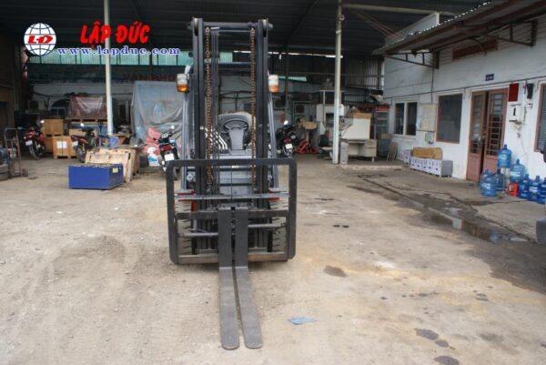 Xe Nâng 3 tấn máy Dầu TOYOTA 8FD30 # 32685