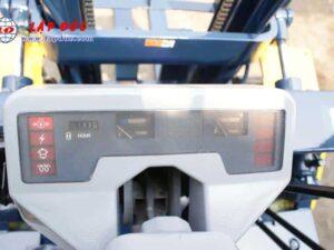 Xe nâng 2 tấn dầu KOMATSU FD20-11 # 461369 giá rẻ