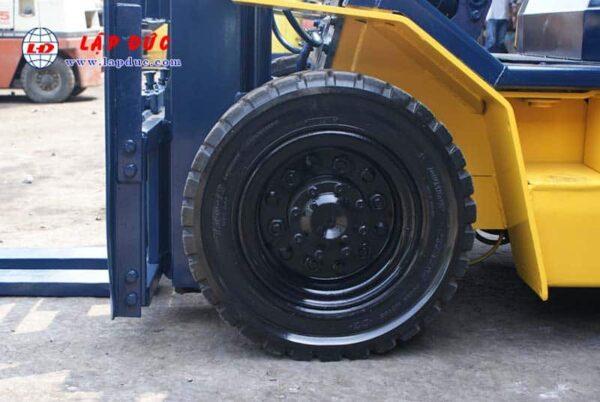 XE NÂNG DẦU 2 tấn KOMATSU FD20-11 # 461369