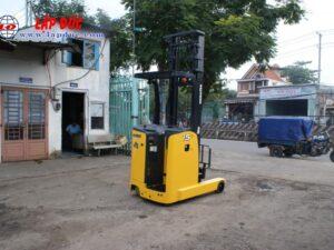 Xe nâng điện đứng lái KOMATSU 1.5 tấn FB15RLF# 14 -146193