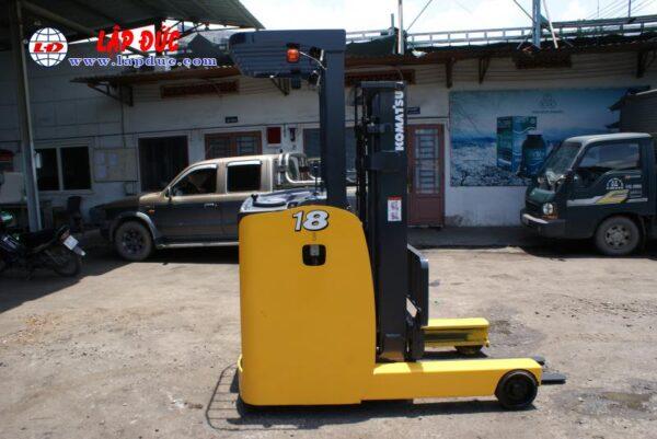 Xe nâng điện đứng lái cũ KOMATSU 1.8 tấn FB18RL-15 # 153971 giá rẻ