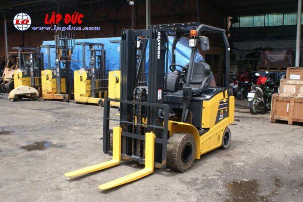 Xe nâng điện ngồi lái 2.5 tấn KOMATSU FB25-12 # 100193
