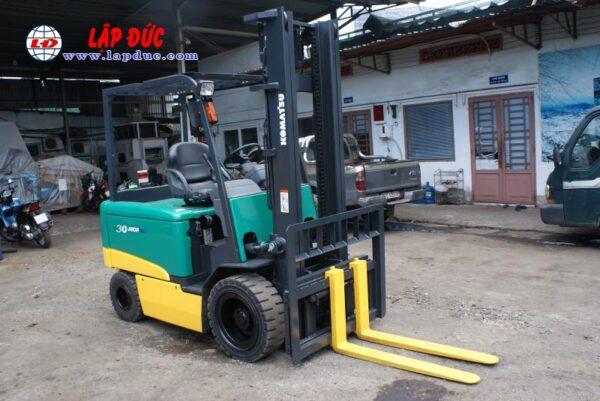 Xe nâng điện KOMATSU 3 tấn ngồi lái FB30-11 # 820446