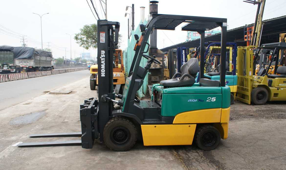 Seat electric forklift