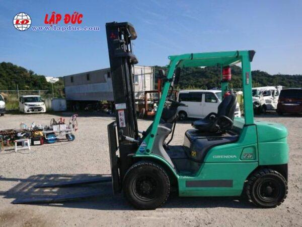 Xe nâng cũ động cơ dầu MITSUBISHI 2.5 tấn FD25D # 74900 giá rẻ