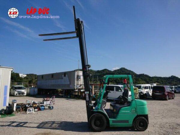 Xe Nâng Dầu 2.5 tấn MITSUBISHI FD25