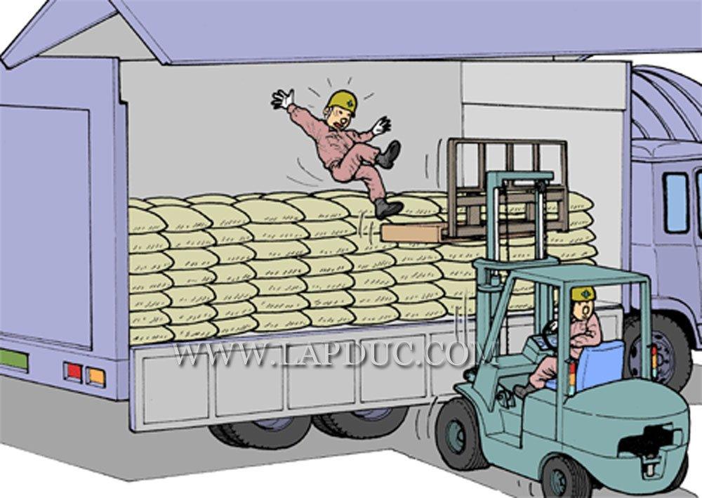 30 tình huống tai nạn và kỹ năng an toàn khi vận hành xe nâng – Phần 2 46