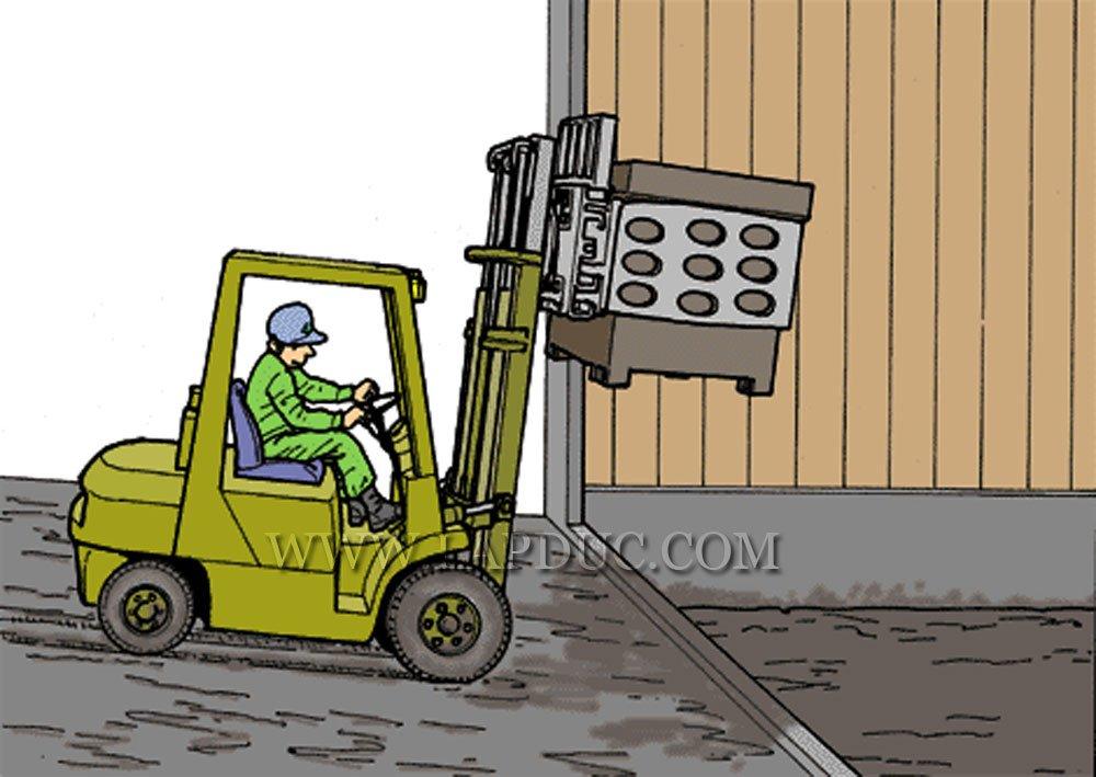 30 tình huống tai nạn và kỹ năng an toàn khi vận hành xe nâng – Phần 2 55