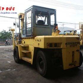 Xe nâng dầu cũ KOMATSU 11.5 tấn FD115-5 # 03019 giá rẻ