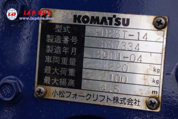 Xe nâng KOMATSU máy dầu 2.5 tấn FD25T-14 # 557334 giá rẻ