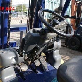 Xe nâng KOMATSU máy dầu 4 tấn FD40W-7 # 102963 giá rẻ