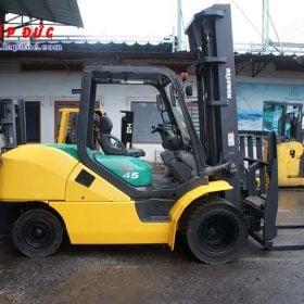 Xe nâng cũ động cơ dầu KOMATSU 4.5 tấn FD45T-10 # 135323 giá rẻ
