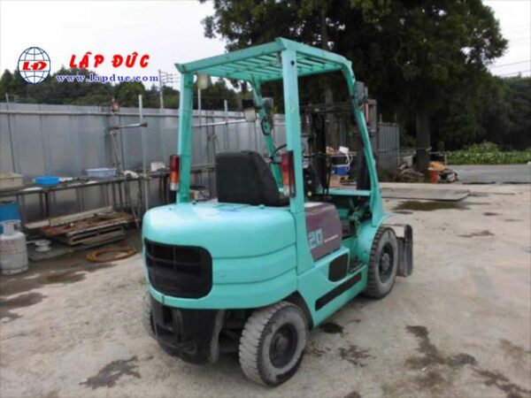 Xe nâng máy dầu cũ MITSUBISHI 2 tấn FD20 # 06167 giá rẻ