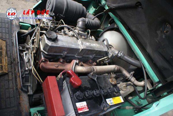 Xe nâng 2.5 tấn dầu MITSUBISHI FD25 # 51165 giá rẻ