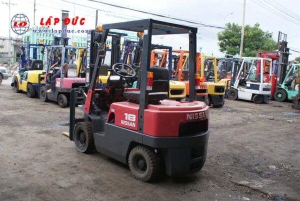 Xe nâng xăng cũ NISSAN 1 tấn NJ01A10# 117591 giá rẻ