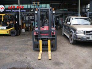 Xe nâng cũ động cơ dầu NISSAN 1.8 tấn NJ01# 117591 giá rẻ