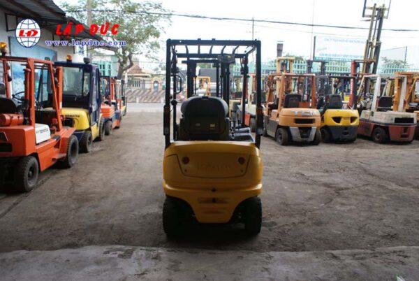 Xe nâng điện KOMATSU ngồi lái 1.5 tấn FB15-12 giá rẻ