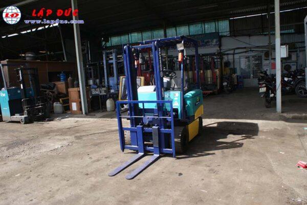 Xe nâng điện KOMATSU ngồi lái 1.5 tấn FB15EX-10 giá rẻ