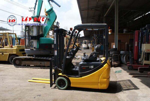 Xe nâng điện ngồi lái 1.5 tấn KOMATSU FB15M-12 1