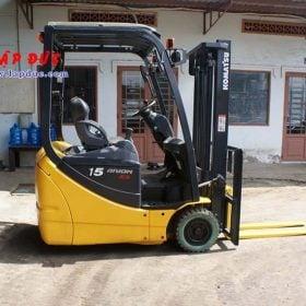 Xe nâng điện ngồi lái 1.5 tấn KOMATSU FB15M-12 giá rẻ