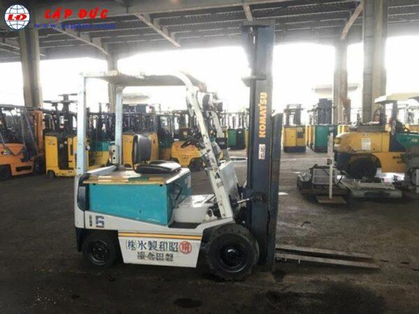 Xe nâng điện ngồi lái cũ KOMATSU 2 tấn FB20EX-5