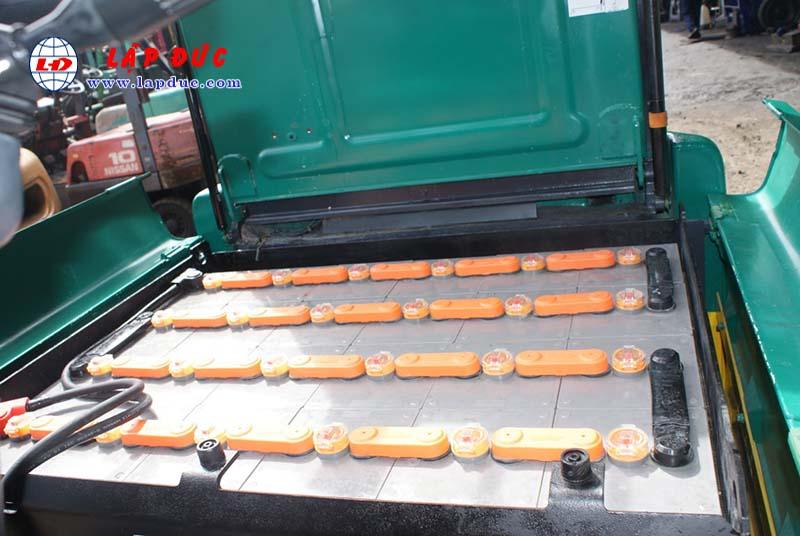 Xe nâng điện 1.5 tấn - 2.5 tấn cũ hiệu KOMATSU 20