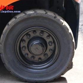 bánh xe nâng