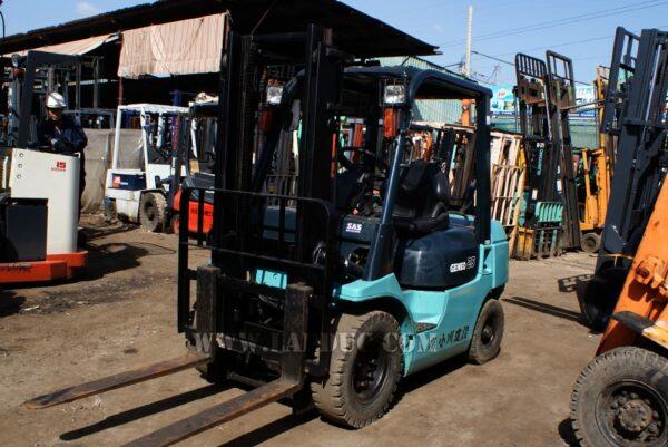 Xe nâng xăng - ga 2.5 tấn TOYOTA 7FGL25