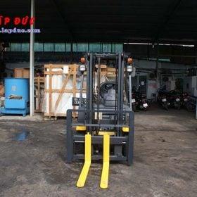 Xe nâng động cơ xăng KOMATSU FG15T-21# 203948 giá rẻ