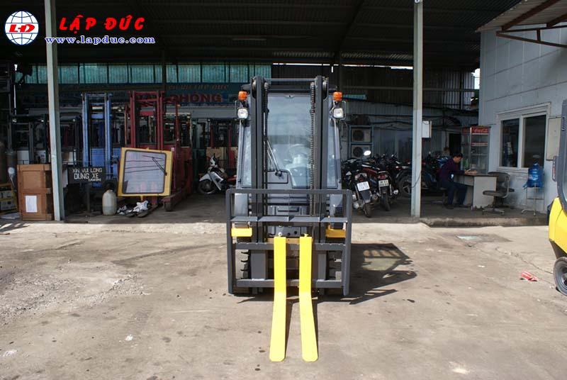 Xe nâng cũ động cơ xăng KOMATSU 1.8 tấn FG18T-20 # 672555 giá rẻ