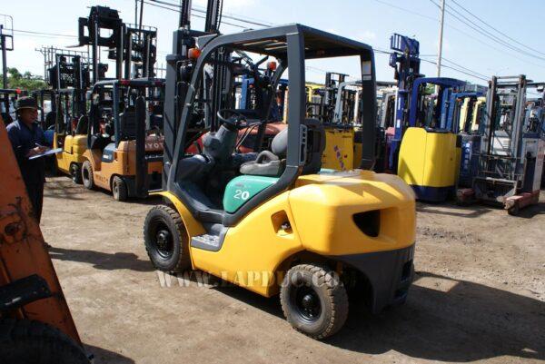 Xe nâng máy xăng KOMATSU 2 tấn FG20-15 # 581367 giá rẻ