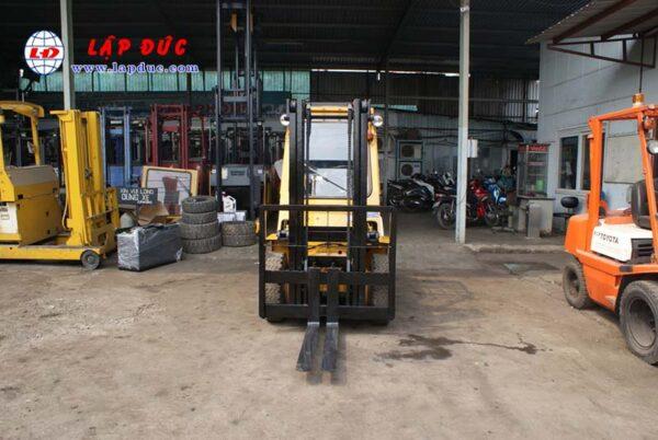 Xe nâng 2 tấn xăng KOMATSU FG20-7 # 107531 giá rẻ