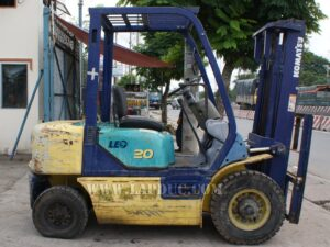 Xe nâng xăng KOMATSU 2 tấn FG20C-12 giá rẻ