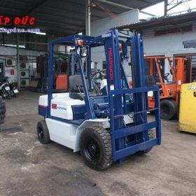 Xe nâng xăng KOMATSU 2 tấn FG20C-11 # 453615 giá rẻ