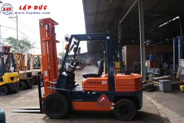 Xe nâng xăng 3 tấn TOYOTA 5FG30 # 41019 1