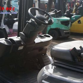 Xe nâng động cơ xăng TOYOTA 8FGL20 # 33536 giá rẻ