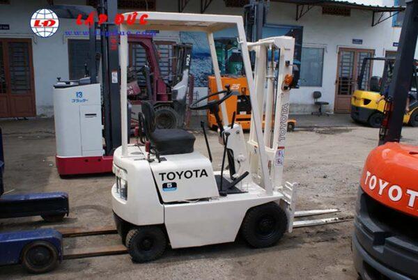 Xe nâng xăng TOYOTA 0.5 tấn FG5 giá rẻ