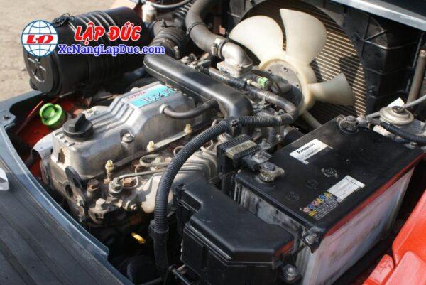 xe nâng dầu TOYOTA 02-8FDL25 # 63850