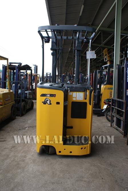 Xe nâng điện đứng lái KOMATSU 0.9 tấn FB09RS-14