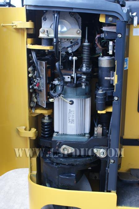 Xe nâng điện cũ KOMATSU đứng lái 0.9 tấn FB09RS-14
