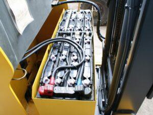 Xe nâng điện đứng lái cũ 0.9 tấn KOMATSU FB09RS-14