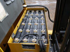 Xe nâng điện KOMATSU 1.8 tấn đứng lái FB18RL-14