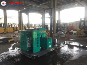 Xe nâng điện đứng lái 2 tấn KOMATSU FB20RN-4