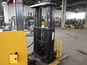 Xe nâng điện đứng lái TCM 2 tấn FRHB20-6 8