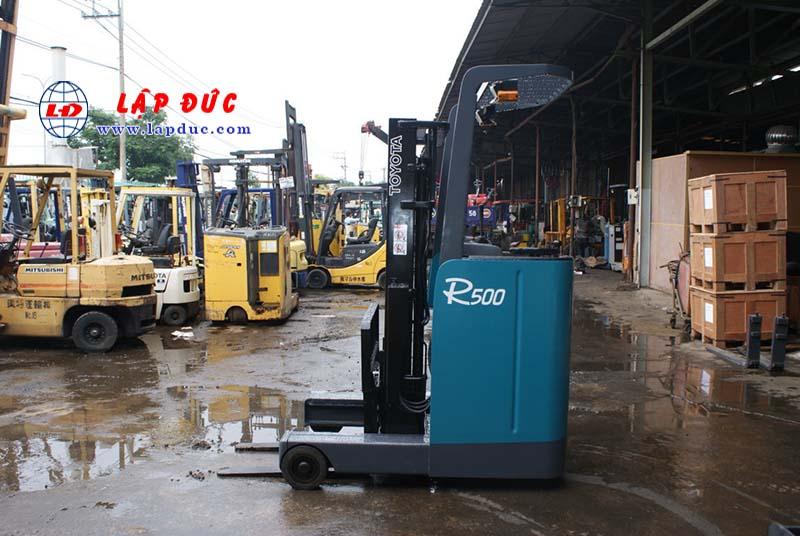 Xe nâng điện đứng lái 1.3 tấn TOYOTA 6FBR13-30637