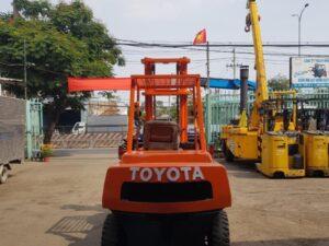 Xe nâng dầu TOYOTA 3FD40 # 15654
